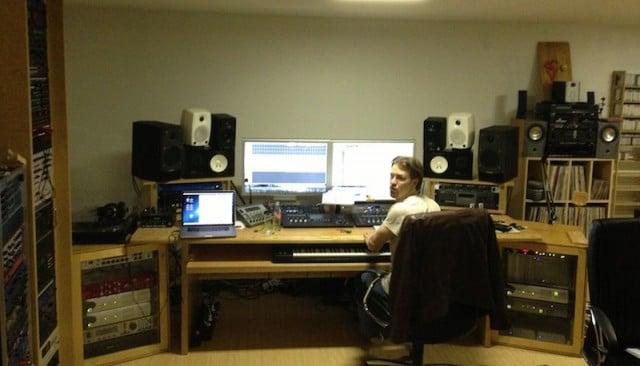 Mike Arvid im Musikstudio